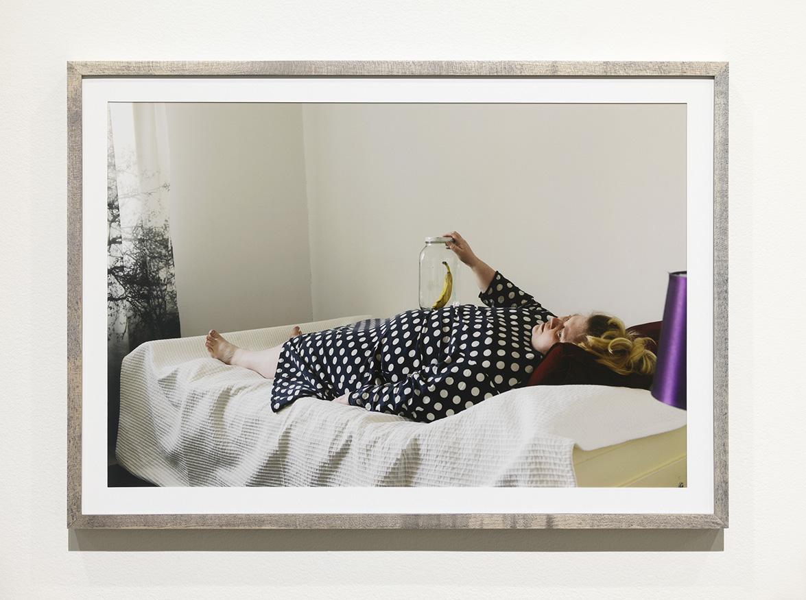 Iiu Susiraja, Toimiva kommunikaatio, 2016. Chromogenic print, 15,5 x 22 inches framed. Installation view at Ramiken Crucible.